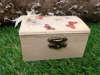 Ξύλινα κουτάκια βάπτισης με θέμα τηνπεταλούδα