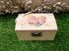 Ξύλινα κουτάκια βάπτισης με θέμα τα λουλούδια