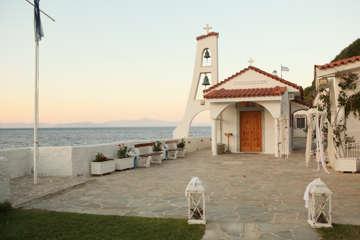 Εικόνα του Στολισμός εκκλησίας με θέμα θαλασσινό