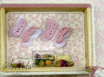 Εικόνα του Μπομπονιέρα βάπτισης καδράκι πεταλούδες