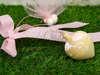 Εικόνα με Χειροποίητες μπομπονιέρες βάπτισης σβούρες ροζ