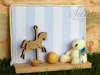 χειροπόιητη μπομπονιέρα καδράκι με αλογάκι ,μπάλα ξύλινη και αρκουδάκι