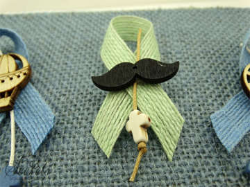 Εικόνα του Μαρτυρικό πέτου με θέμα το μουστάκι