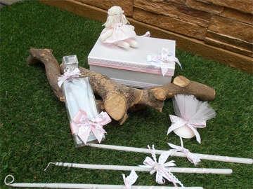 Εικόνα του Λαδοσέτ βάπτισης με θέμα κούκλα