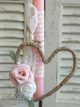 Εικόνα του Λαμπάδα πασχαλινή καρδιά τριαντάφυλλα
