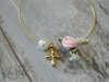 Εικόνα με Μαρτυρικό βραχιόλι πέρλα ροζ λουλούδι