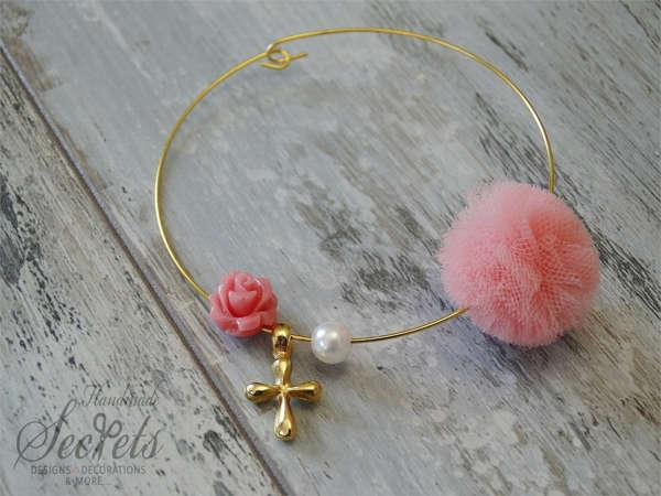 Εικόνα με Μαρτυρικό βραχιόλι ροζ λουλούδι πέρλα