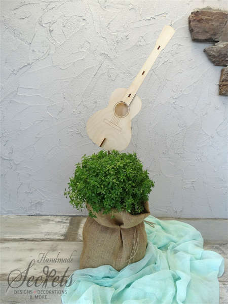 Εικόνα με Διακοσμητικό βάπτισης κιθάρα