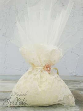 Εικόνα του Μπομπονιέρα γάμου πουγκί δαντέλα λουλούδι