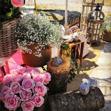 Εικόνα του Στολισμός με τριαντάφυλλα και πουλάκια