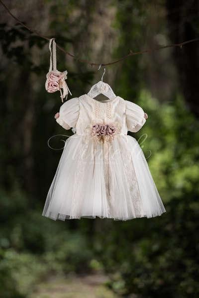 Βαπτιστικό εκρού φόρεμα με δαντέλα από βαμβάκι df4494e61fb