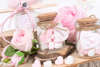 Εικόνα με Μπομπονιέρα βαζάκι με καρδούλες ροζ & άσπρες