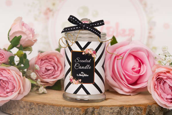 Εικόνα με Μπομπονιέρα κερί άσπρο μαύρο