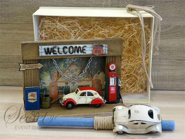 Εικόνα με Λαμπάδα πασχαλινή καδράκι αυτοκίνητο