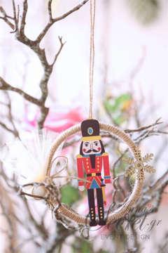 Μπομπονιέρες Χριστουγεννιάτικες για γάμο ή βάπτιση κρεμαστά στολίδια με θέμα τον Καρυοθραύστη.