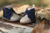 Βαπτιστικά παπούτσια περπατήματος για αγόρια, της Everkid, σε διχρωμία μπεζ με μπλε και νούμερα 18 έως 21.