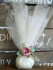 Εικόνα με Μπομπονιέρα γάμου τριαντάφυλλο