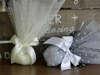 Εικόνα με Μπομπονιέρα γάμου τούλι πουά