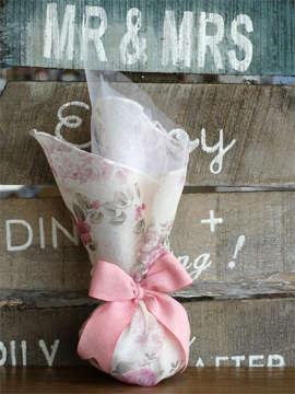 Εικόνα του Μπομπονιέρα γάμου πουγκί φλοραλ