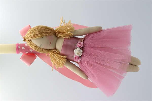 Εικόνα με Λαμπάδα πασχαλινή με χειροποίητη κούκλα