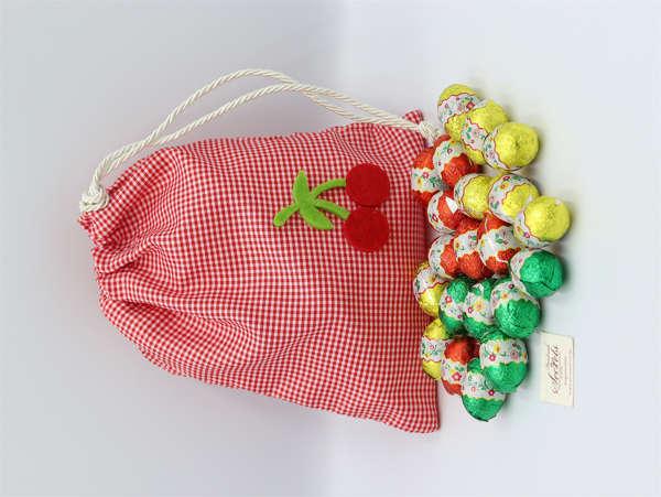 Εικόνα με Αυγουλάκια σοκολατένια σε πουγκί